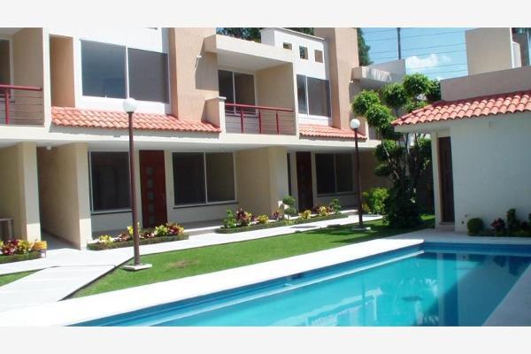 Foto de casa en venta en s/n , jacarandas, cuernavaca, morelos, 2671450 No. 01