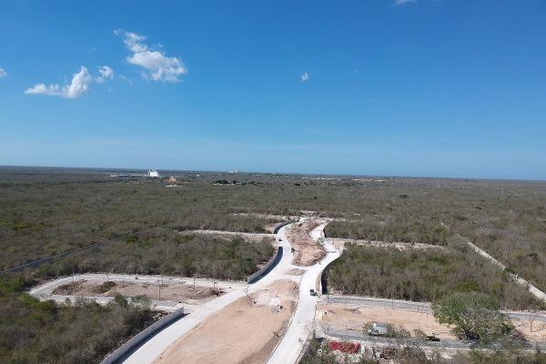 Foto de terreno habitacional en venta en s/n , komchen, mérida, yucatán, 9975594 No. 01