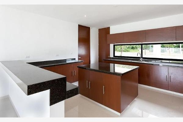Foto de casa en venta en s/n , la florida, mérida, yucatán, 9968980 No. 01
