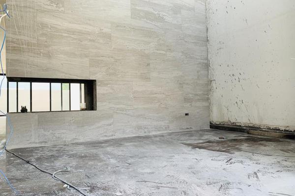 Foto de casa en venta en s/n , la joya privada residencial, monterrey, nuevo león, 9994143 No. 02
