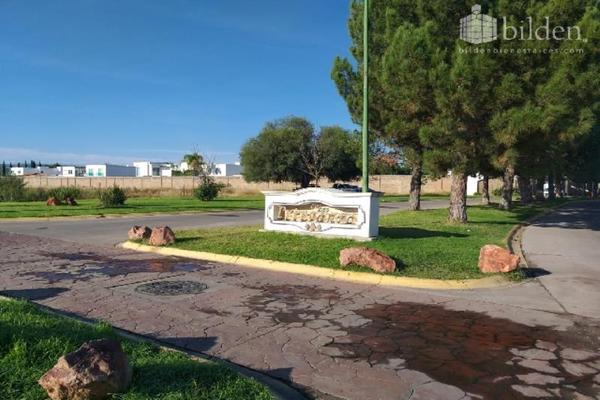 Foto de terreno habitacional en venta en s/n , las privanzas, durango, durango, 9944990 No. 01