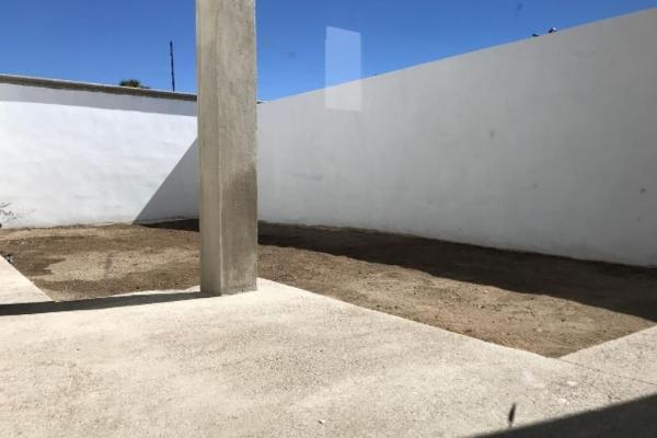 Foto de casa en venta en s/n , las privanzas, durango, durango, 9952766 No. 02