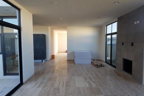 Foto de casa en venta en s/n , las privanzas, durango, durango, 9956522 No. 03