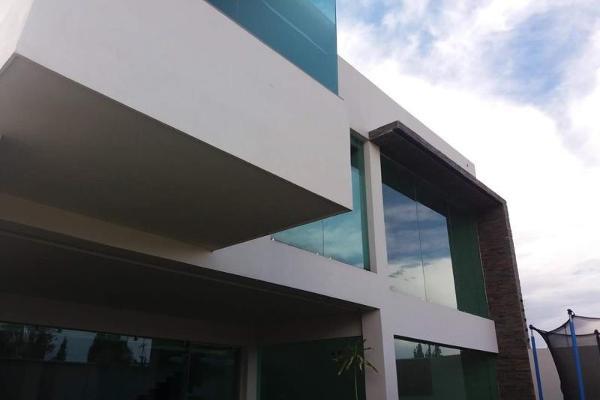 Foto de casa en venta en s/n , las privanzas, durango, durango, 9985167 No. 01