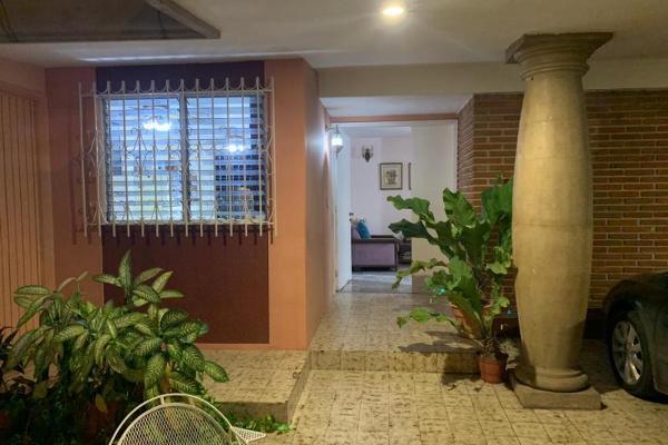 Foto de casa en venta en s/n , las quintas, culiacán, sinaloa, 9978464 No. 02