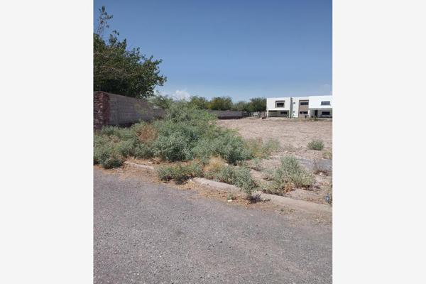 Foto de terreno habitacional en venta en s/n , las trojes, torreón, coahuila de zaragoza, 19342029 No. 01