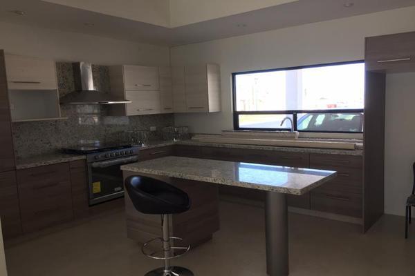Foto de casa en venta en s/n , las villas 7ma etapa, torreón, coahuila de zaragoza, 8799109 No. 04
