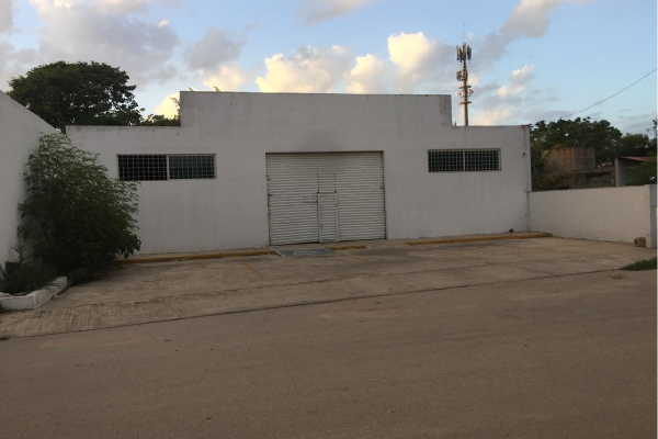 Foto de bodega en venta en s/n , leandro valle, mérida, yucatán, 9962733 No. 01
