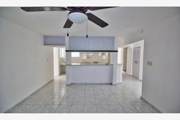 Foto de casa en venta en s/n , loma bonita xcumpich, mérida, yucatán, 9951793 No. 02