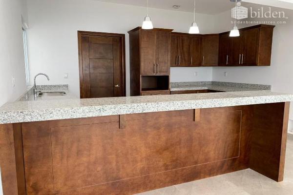 Foto de casa en venta en s/n , lomas del sahuatoba, durango, durango, 10192011 No. 04