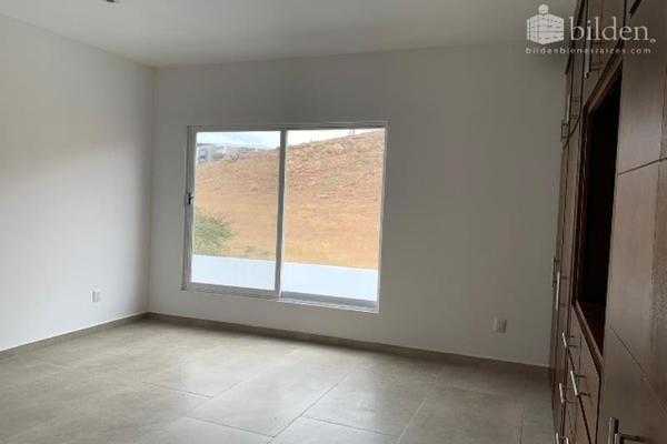 Foto de casa en venta en s/n , lomas del sahuatoba, durango, durango, 10192011 No. 06