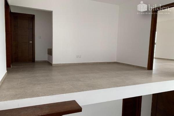 Foto de casa en venta en s/n , lomas del sahuatoba, durango, durango, 10192011 No. 14