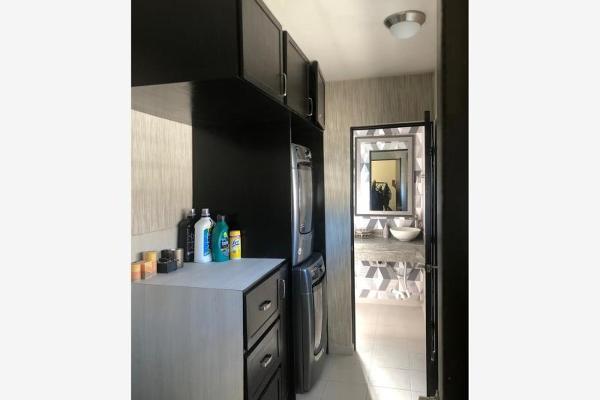 Foto de casa en venta en s/n , lomas del vergel, monterrey, nuevo león, 9977696 No. 03