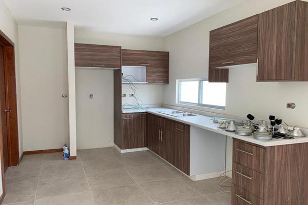 Foto de casa en venta en s/n , los cedros residencial, durango, durango, 10000989 No. 02