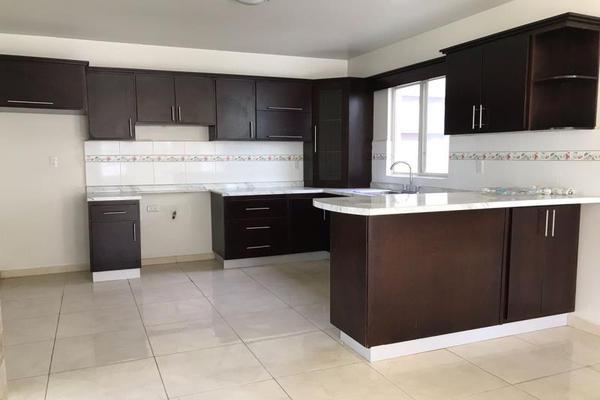Foto de casa en venta en s/n , los cedros residencial, durango, durango, 10048531 No. 02