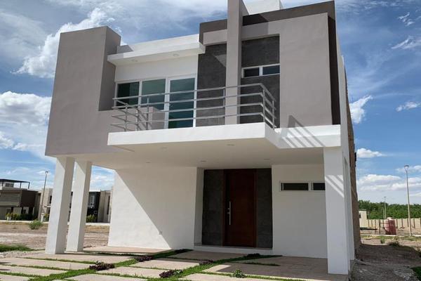 Foto de casa en venta en s/n , los cedros residencial, durango, durango, 10191345 No. 01