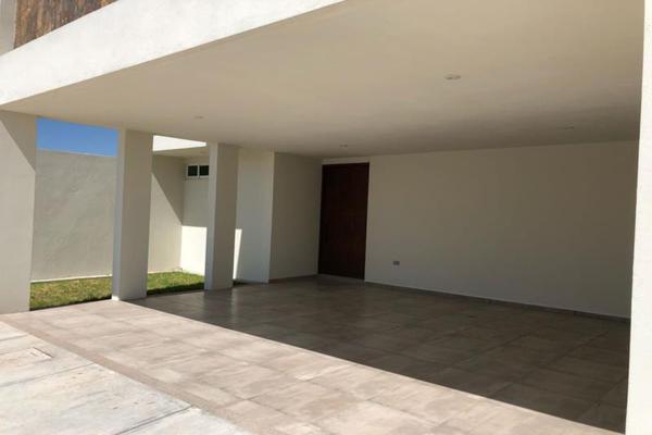 Foto de casa en venta en s/n , los cedros residencial, durango, durango, 9959319 No. 02