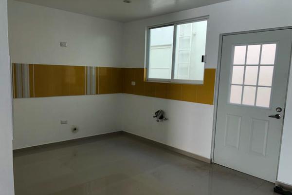 Foto de casa en venta en s/n , los cedros residencial, durango, durango, 9959319 No. 06