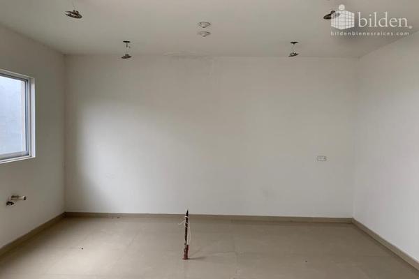 Foto de casa en venta en s/n , los cedros residencial, durango, durango, 9984795 No. 02