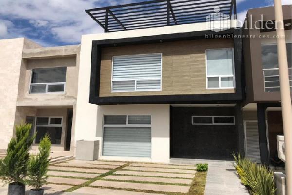 Foto de casa en venta en s/n , los cedros residencial, durango, durango, 9989199 No. 01