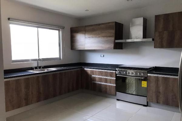 Foto de casa en venta en s/n , los cedros residencial, durango, durango, 9989199 No. 04