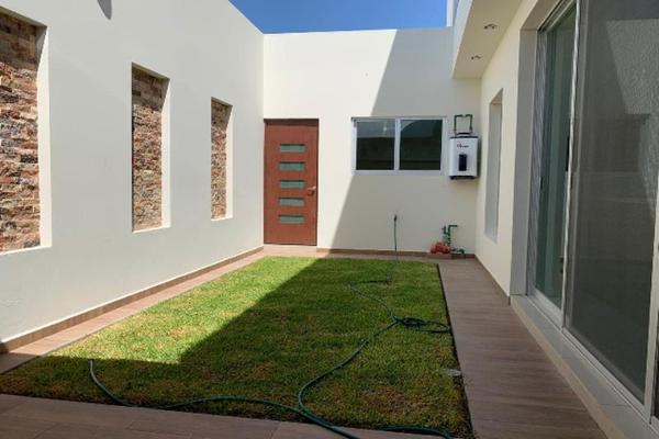 Foto de casa en venta en s/n , los cedros residencial, durango, durango, 9989817 No. 02