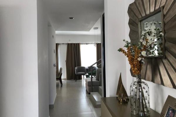 Foto de casa en venta en s/n , los viñedos, torreón, coahuila de zaragoza, 9983257 No. 02