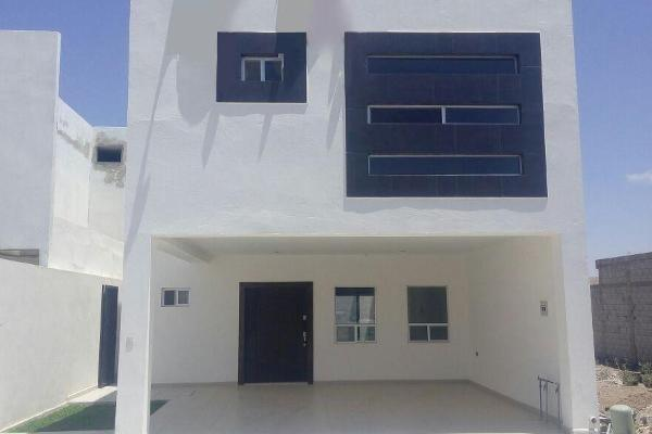 Foto de casa en venta en s/n , los viñedos, torreón, coahuila de zaragoza, 9984084 No. 01