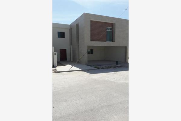 Foto de casa en venta en s/n , magisterio iberoamericana, torreón, coahuila de zaragoza, 9988035 No. 01