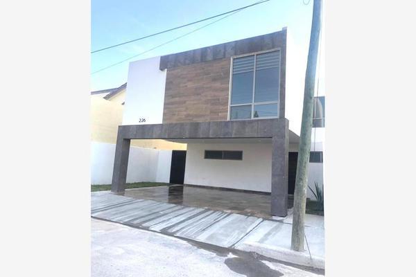 Foto de casa en venta en s/n , magisterio sección 38, saltillo, coahuila de zaragoza, 9978070 No. 01