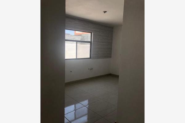 Foto de casa en venta en s/n , magisterio sección 38, saltillo, coahuila de zaragoza, 9993068 No. 01
