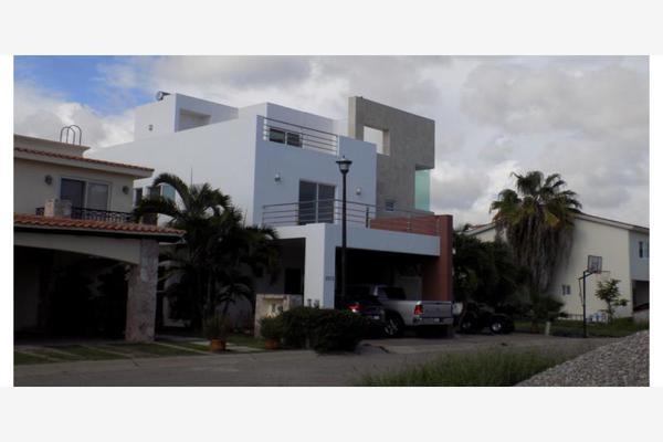 Foto de casa en venta en s/n , marina real, mazatlán, sinaloa, 9998862 No. 01