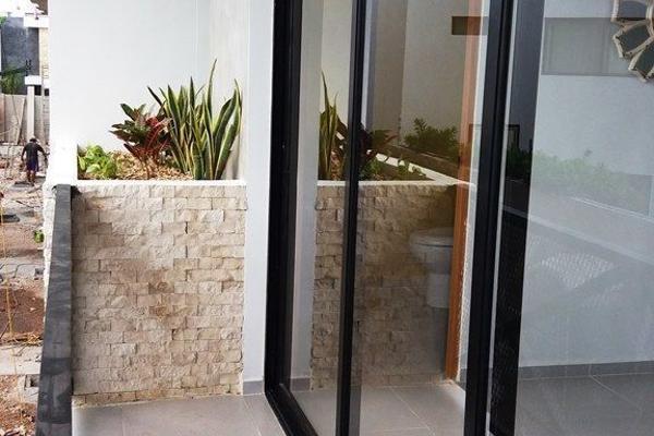 Foto de casa en venta en s/n , montebello, mérida, yucatán, 10279267 No. 04
