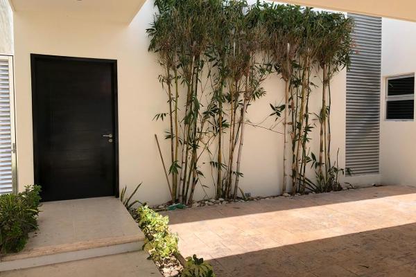 Foto de casa en venta en s/n , montebello, mérida, yucatán, 9959804 No. 02