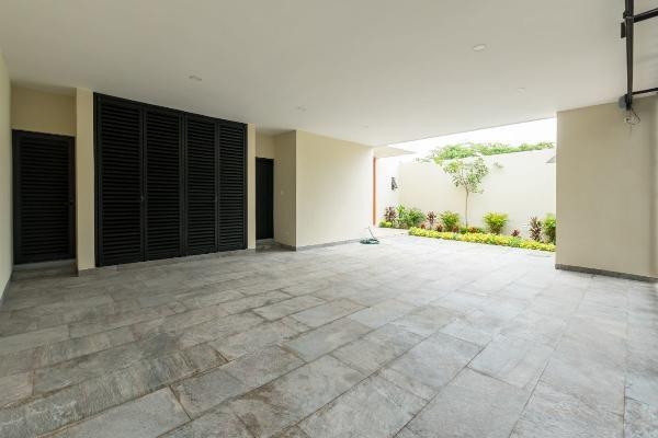 Foto de casa en venta en s/n , montebello, mérida, yucatán, 9964457 No. 02