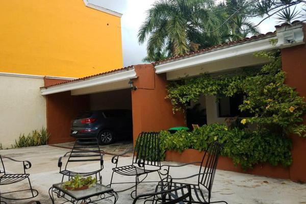 Foto de casa en venta en s/n , montecristo, mérida, yucatán, 9950420 No. 01