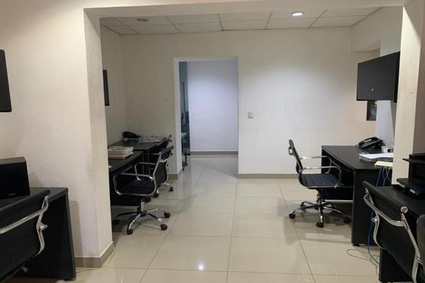 Foto de oficina en venta en sn , monterrey centro, monterrey, nuevo león, 20114207 No. 03