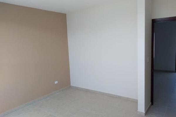 Foto de casa en venta en s/n , nogalar del campestre, saltillo, coahuila de zaragoza, 9950368 No. 06