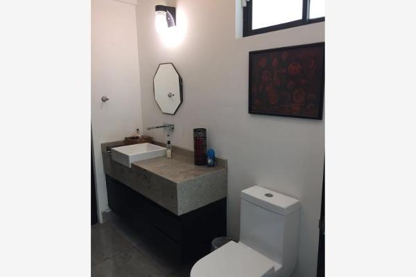 Foto de casa en venta en s/n , nogalar del campestre, saltillo, coahuila de zaragoza, 9952894 No. 04