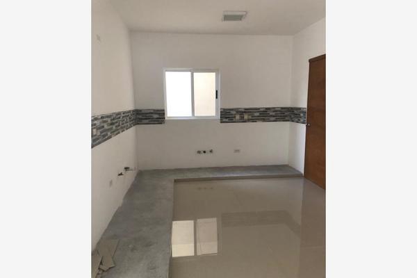 Foto de casa en venta en s/n , nogalar del campestre, saltillo, coahuila de zaragoza, 9960860 No. 02