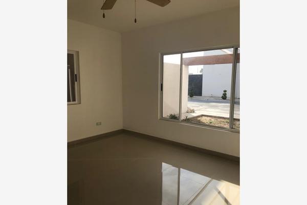 Foto de casa en venta en s/n , nogalar del campestre, saltillo, coahuila de zaragoza, 9960860 No. 05