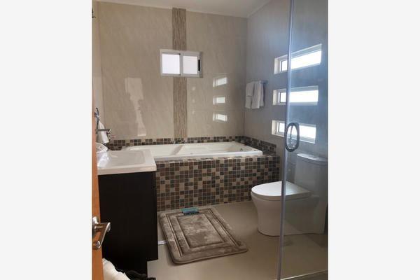 Foto de casa en venta en s/n , nogalar del campestre, saltillo, coahuila de zaragoza, 9960860 No. 12