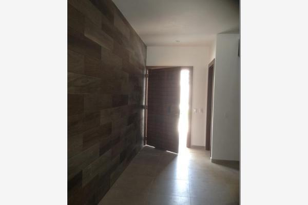 Foto de casa en venta en s/n , nogalar del campestre, saltillo, coahuila de zaragoza, 9962099 No. 04
