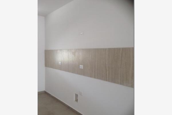 Foto de casa en venta en s/n , nogalar del campestre, saltillo, coahuila de zaragoza, 9962099 No. 05