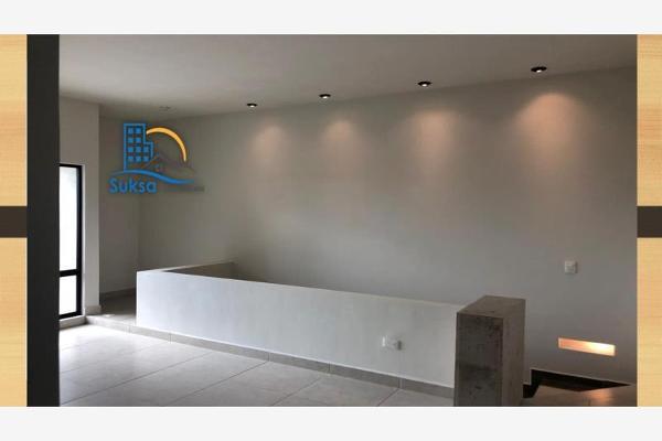 Foto de casa en venta en s/n , nogalar del campestre, saltillo, coahuila de zaragoza, 9978408 No. 01