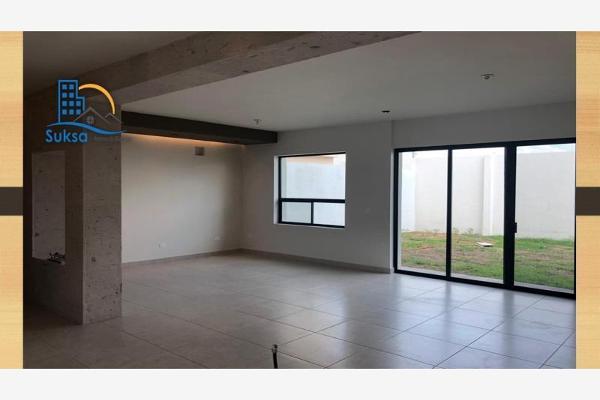 Foto de casa en venta en s/n , nogalar del campestre, saltillo, coahuila de zaragoza, 9978408 No. 06
