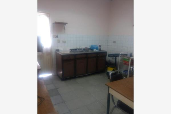 Foto de casa en venta en s/n , nuevo torreón, torreón, coahuila de zaragoza, 8804140 No. 02
