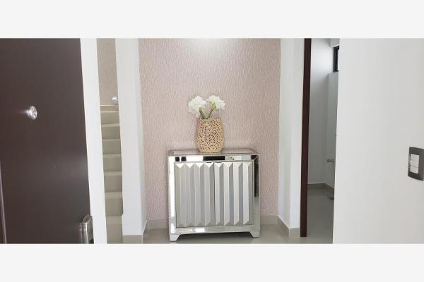 Foto de casa en venta en s/n , palma real, torreón, coahuila de zaragoza, 9990579 No. 02