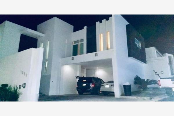 Foto de casa en venta en s/n , palmares 1er sector, monterrey, nuevo león, 9988968 No. 01