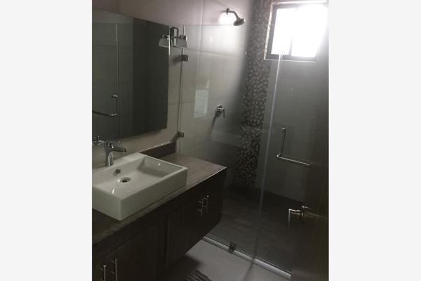 Foto de casa en venta en s/n , privada ciudad las torres 2 sector, saltillo, coahuila de zaragoza, 9977518 No. 08
